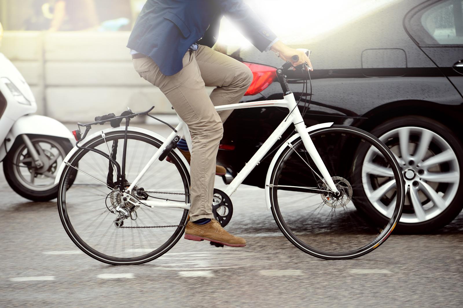 ¿A qué se enfrentan los ciclistas en la metrópoli?
